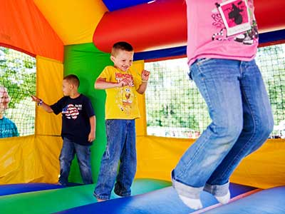 Rent Inflatables / Bounce Houses